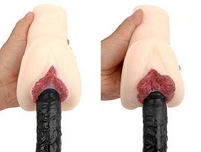 左が「風間ゆみ」、右が「翔田千里」。肉厚な膣壁を掻き分けて進む感覚が気持ちいい! バキューム性能は低め。
